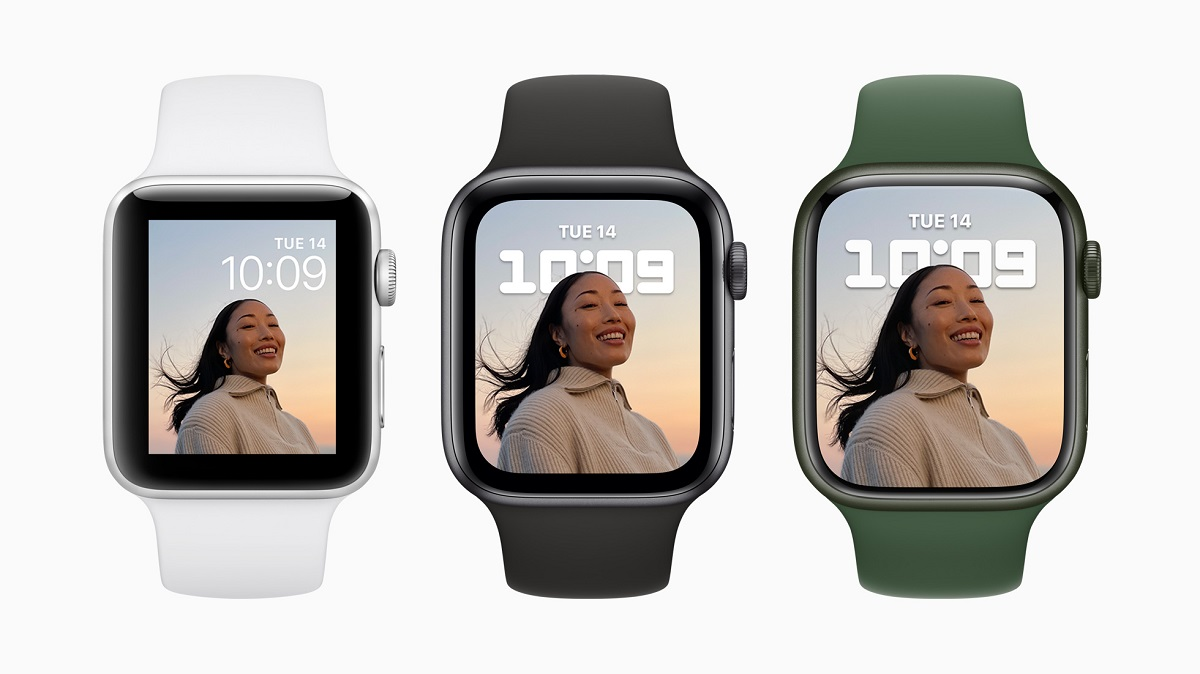 Великолепный дисплей Apple Watch Series 7 почти на 20 процентов больше, чем у Apple Watch Series 6, и более чем на 50 процентов больше, чем у Apple Watch Series 3, с оптимизированным пользовательским интерфейсом для большей читабельности и простоты использования.