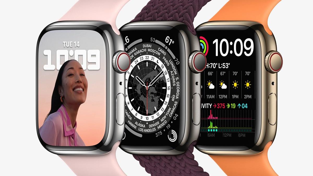 Apple Watch Series 7 из нержавеющей стали серебра, графита и золота.